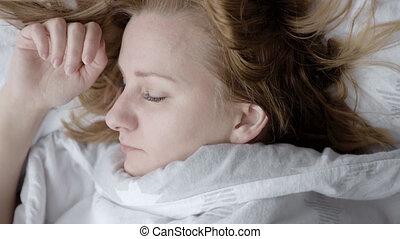 réveiller, femme, lit