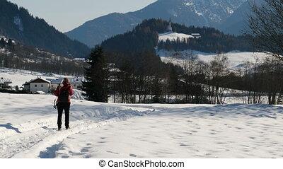 réveiller, randonnée femme, neige, montagne, excursion