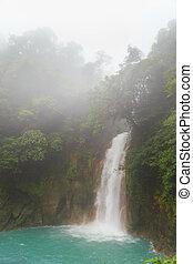río, celeste, cascada, día, brumoso