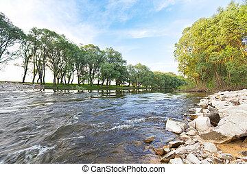 río, dinámico