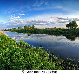 río, ocaso