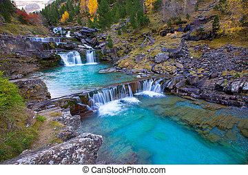 río, soaso, de, ordesa, gradas, pirineos, huesca, arazas,...