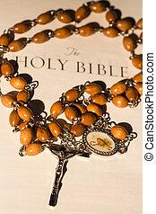 różańcowa perełka, na, strona, od, biblia