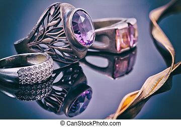 różny, łańcuch, złoty, dzwoni, styl, srebro