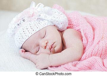 różowy, nowo narodzony, śpi, trykotowy, pod, przylądek, ...