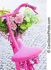 różowy, rower
