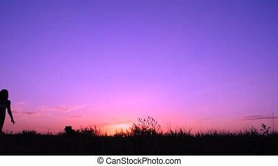 różowy, sylwetka, młody, skokowy, zachód słońca, dziewczyna