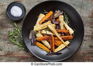 rôti, légumes, racine