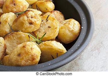 rôti, pommes terre, romarin
