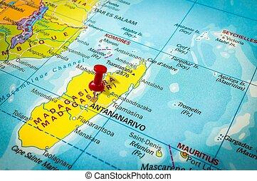 röd, häftstift, in, a, karta, pushpin, pekande vid, antananarivo