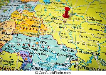 röd, häftstift, in, a, karta, pushpin, pekande vid, moskva