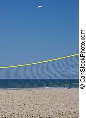 röpte labda, tengerpart