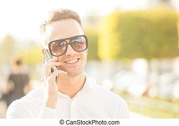 rörlig telefonera, man, räcker
