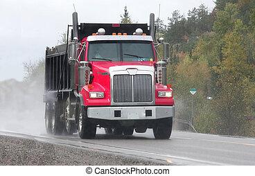 rød dumpe lastbil