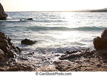 rødt hav, hos, solnedgang, bølger