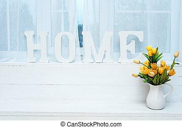 rústico, interior, decor., palabra, hogar, en, alféizar, con, blanco, jarra, lleno, de, amarillo, tulips.