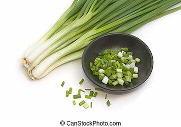 rąbany, zielone cebule