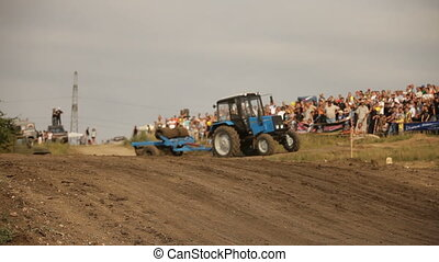 Race involved a lot of cars - Extreme off-road racing to...