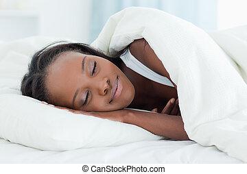 radiante, mulher, dormir