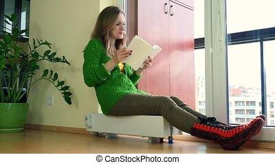 radiateur, livre, lire, chaudement, femme, 4k, séance, room...