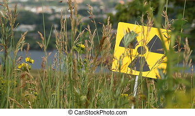 radiation 6 - Nuclear radiation or radioactivity warning...