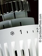 Radiator thermostat - Thermostatic radiator valve set to...