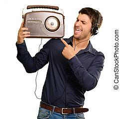 radio annata, giovane, ascolto, uomo
