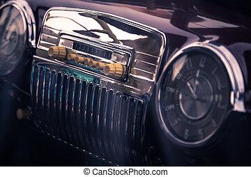 Radio in interior of old car - Radio in interior of old...