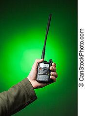 radio, walkie-talkie, profesional, verde, mano
