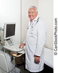 radiologist, kliniek, mannelijke