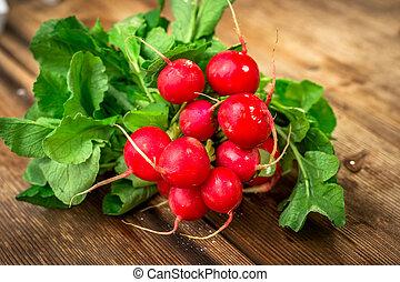 radis, bois, frais, table, rouges, tas