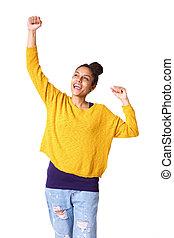 radosny, młody, afrykańska kobieta, z, herb podniesiony