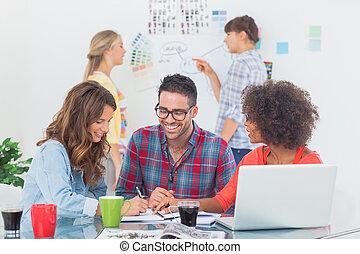 radosny, projektanci, brainstorming, razem