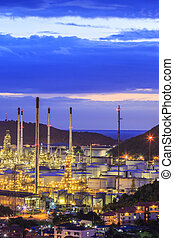 raffineria, olio, crepuscolo