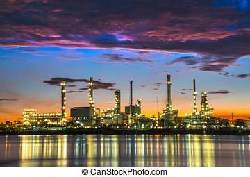 raffineria petrolio, a, crepuscolo