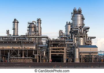 raffineria petrolio