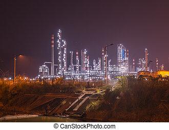 raffinerie, usine industrielle, à, industrie, chaudière, soir