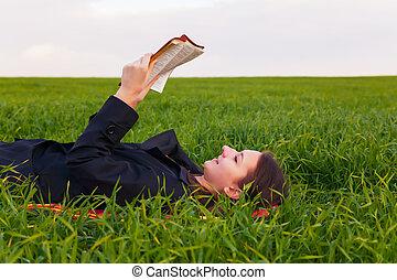 ragazza adolescente, bibbia, lettura, fuori