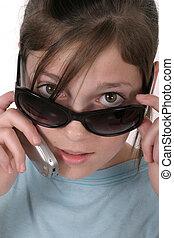 ragazza adolescente, con, cellphone, 6a