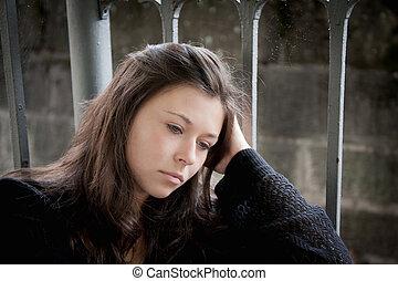 ragazza adolescente, guai, circa, pensieroso, dall'aspetto