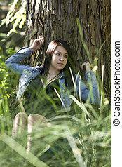 ragazza, albero, giovane, contro