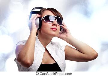 ragazza, ascolto, musica
