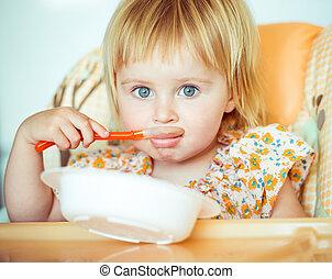 ragazza bambino, è, andare, mangiare