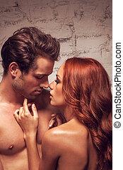 ragazza, coppia, nudo, su, toccante, chiudere, kiss.,...