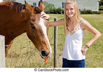 ragazza, &, fattoria, cavallo