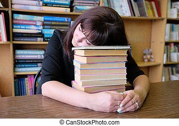 ragazza, stanco, studente, in pausa
