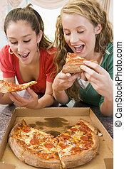 ragazze, adolescente, consumo pizza
