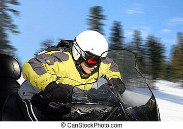 ragazzo adolescente, su, snowmobile