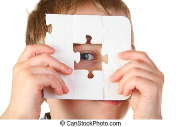ragazzo, buco, puzzle