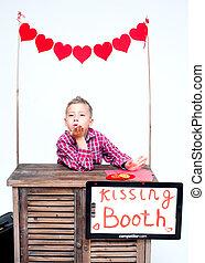 ragazzo, cabina, biondo, baciare